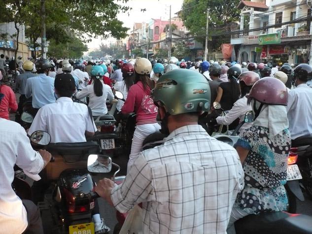 photo-of-motorcycle-traffic-in-vietnam