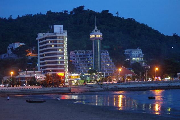 Photo of Vung Tau at night