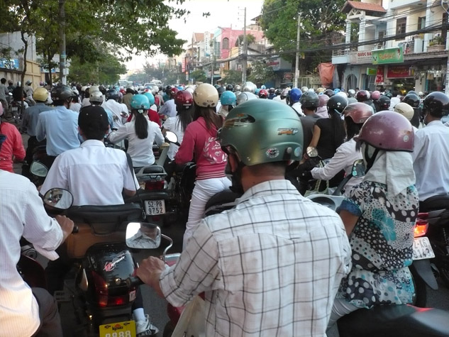 photo-of-motorcycle-traffic-in-vietnam